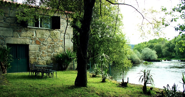Casa do Rio Lima
