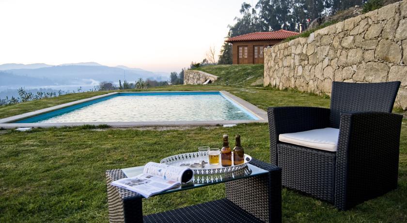 T2 com piscina privada das Aninhas