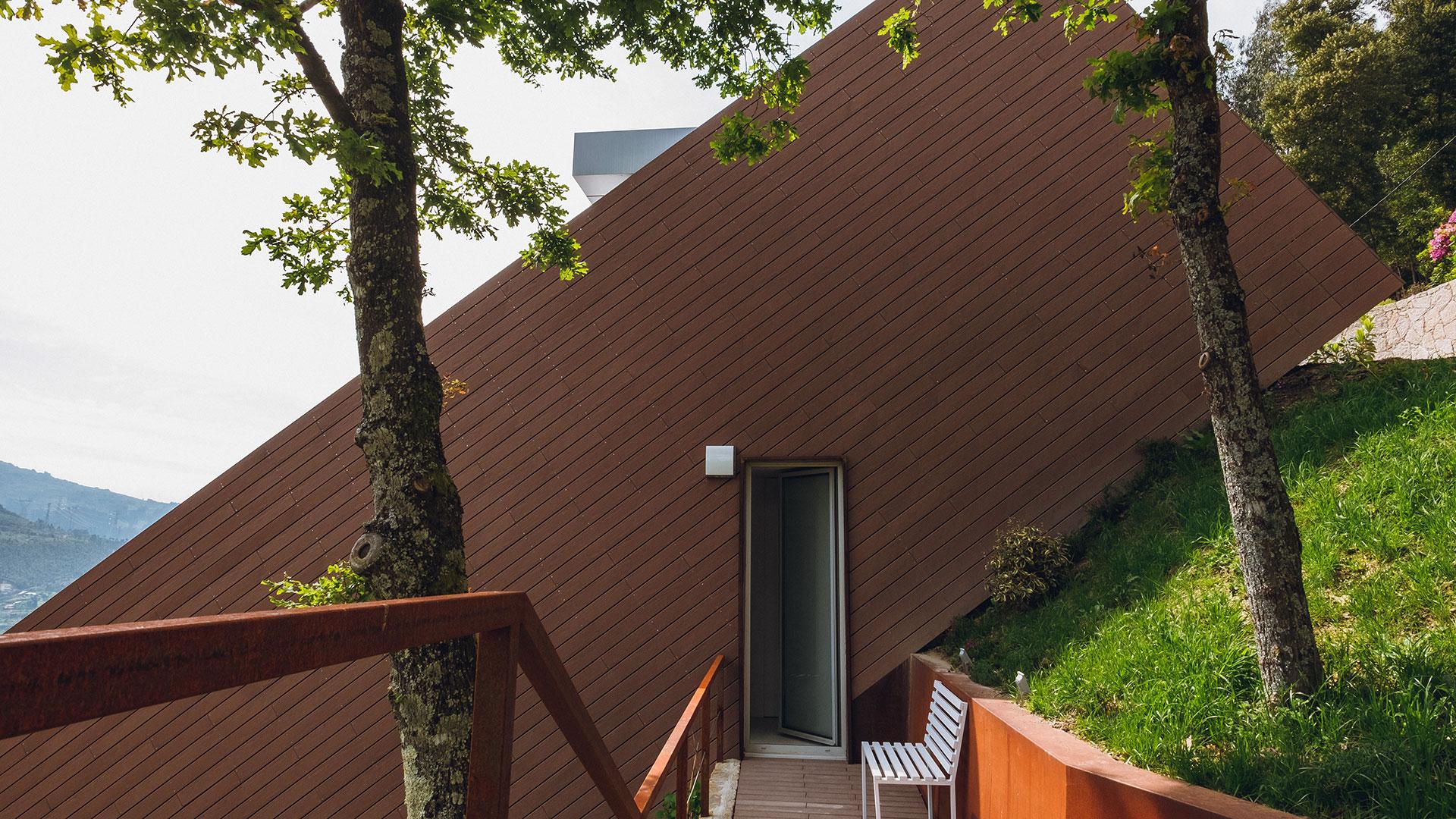 Casa T3 com vista para a Caniçada