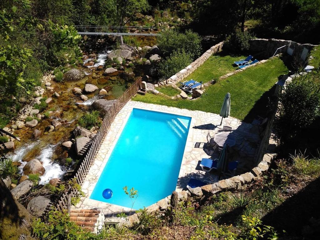 Casa T1 com piscina na Serra da Peneda