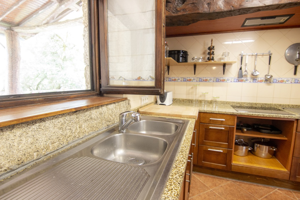 Casa com piscina privada no centro do Gerês
