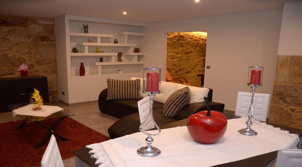 Casa T3 com piscina privada em Monção
