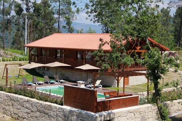 Bungalow T2 com piscina privada em Vieira do Minho