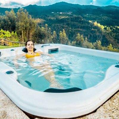 casa com piscina e jacuzzi privado