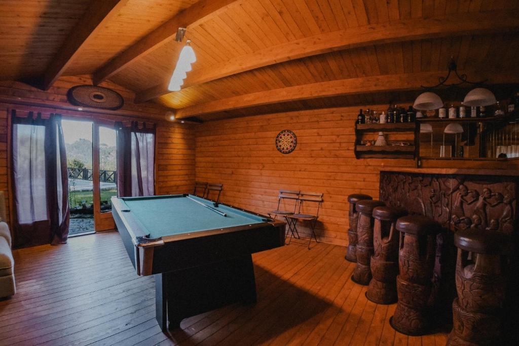 Casa com piscina privada no centro do Gerês