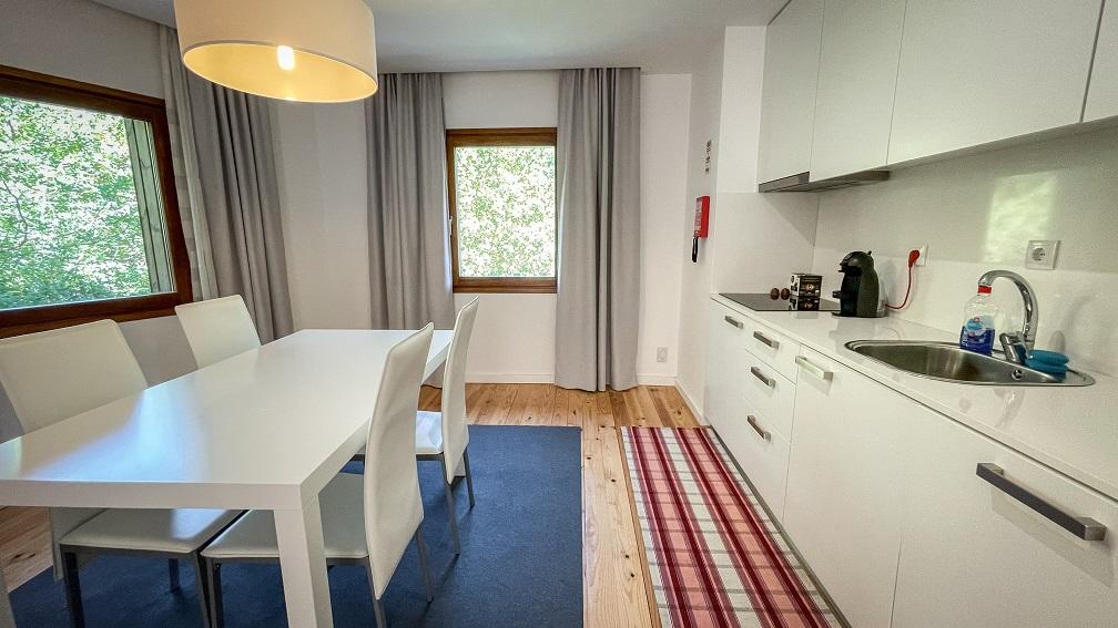Casa T3 em propriedade isolada, com 1 suite e 2 quartos